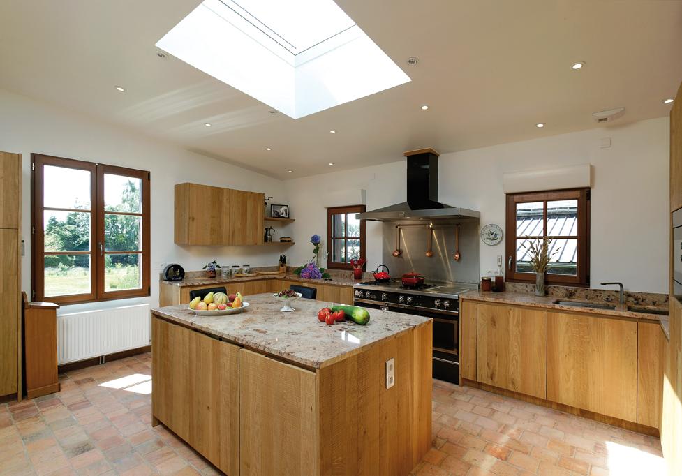 construire ou faire r nover sa cuisine cuisines et bains. Black Bedroom Furniture Sets. Home Design Ideas