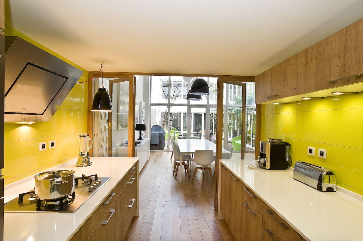 En transparence cuisines et bains - Cuisine et bains magazine ...