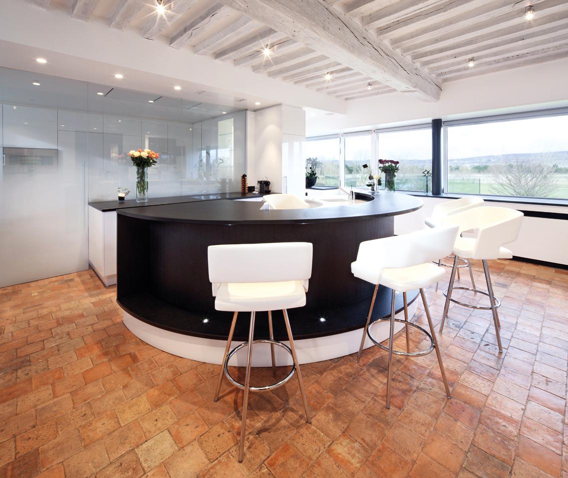 cuisine de chef. Black Bedroom Furniture Sets. Home Design Ideas