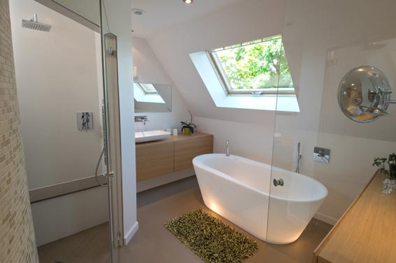 la gr ce d 39 une salle de bains sous le soleil. Black Bedroom Furniture Sets. Home Design Ideas