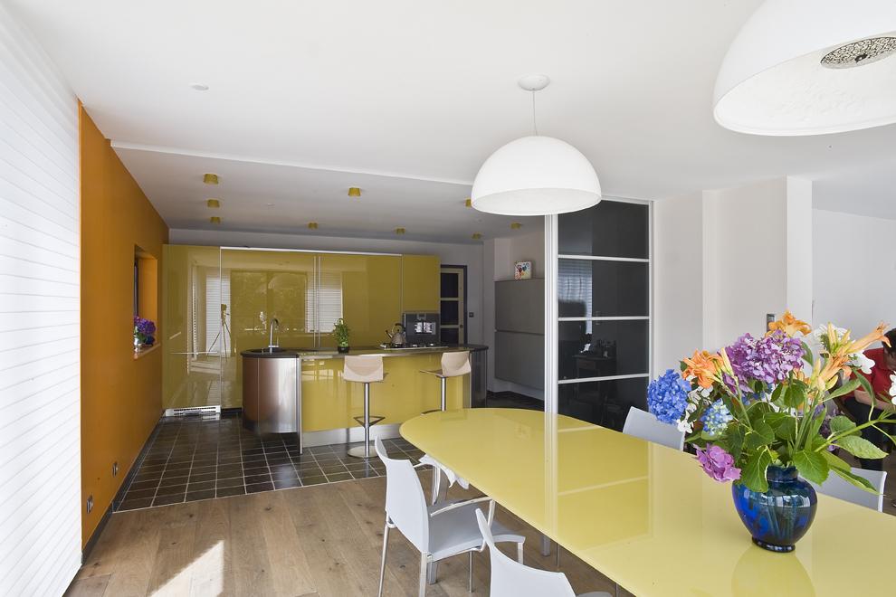 Cuisine g om trie variable cuisines et bains for Cuisines et bains