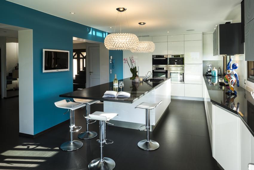 des go ts et des couleurs en cuisine cuisines et bains. Black Bedroom Furniture Sets. Home Design Ideas