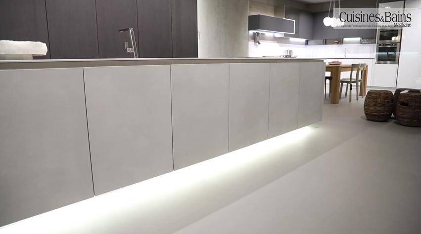 cuisine blanche design équipée moderne