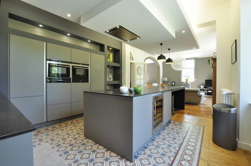 cuisine grise moderne carrelage