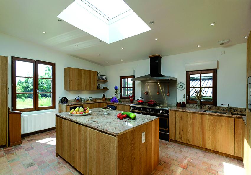 le cas du neuf une transition r ussie cuisines et bains. Black Bedroom Furniture Sets. Home Design Ideas
