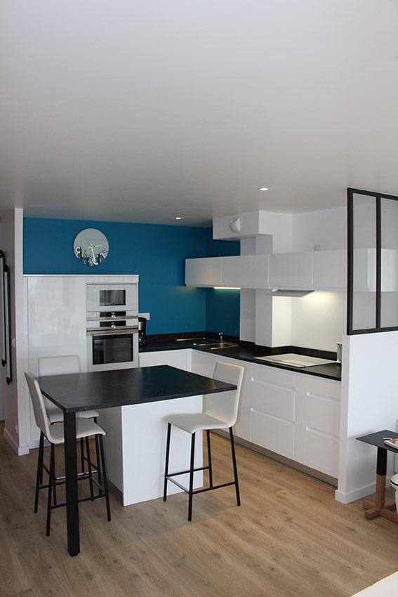 Ob Cocinas Une Cuisine White Black And Blue Cuisines Et Bains