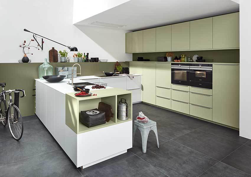 quelle couleur pour la laque mate en cuisine cuisines et bains. Black Bedroom Furniture Sets. Home Design Ideas